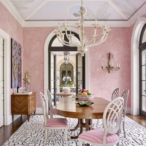 luxurylogistics_interior_pink (1)